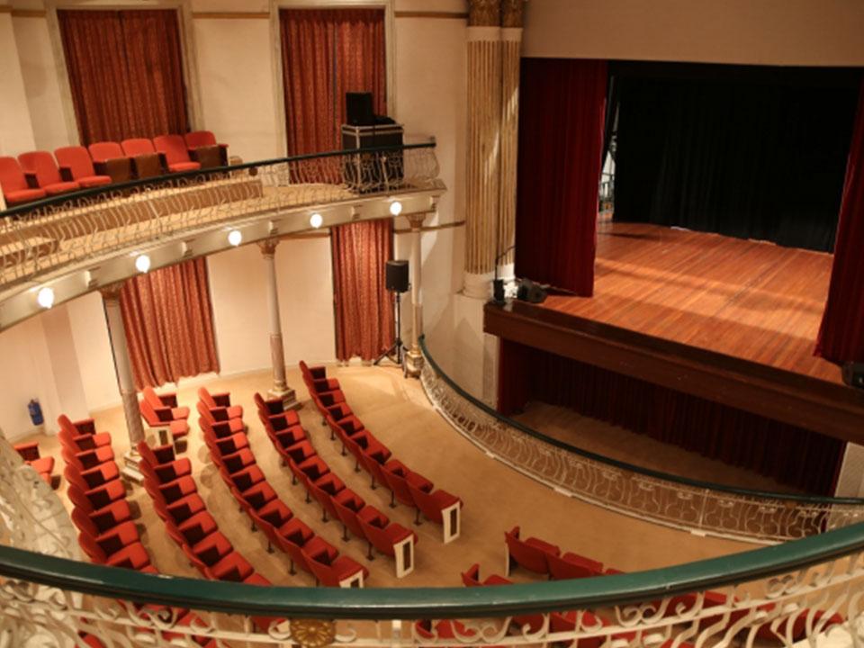 「世界演劇の日」